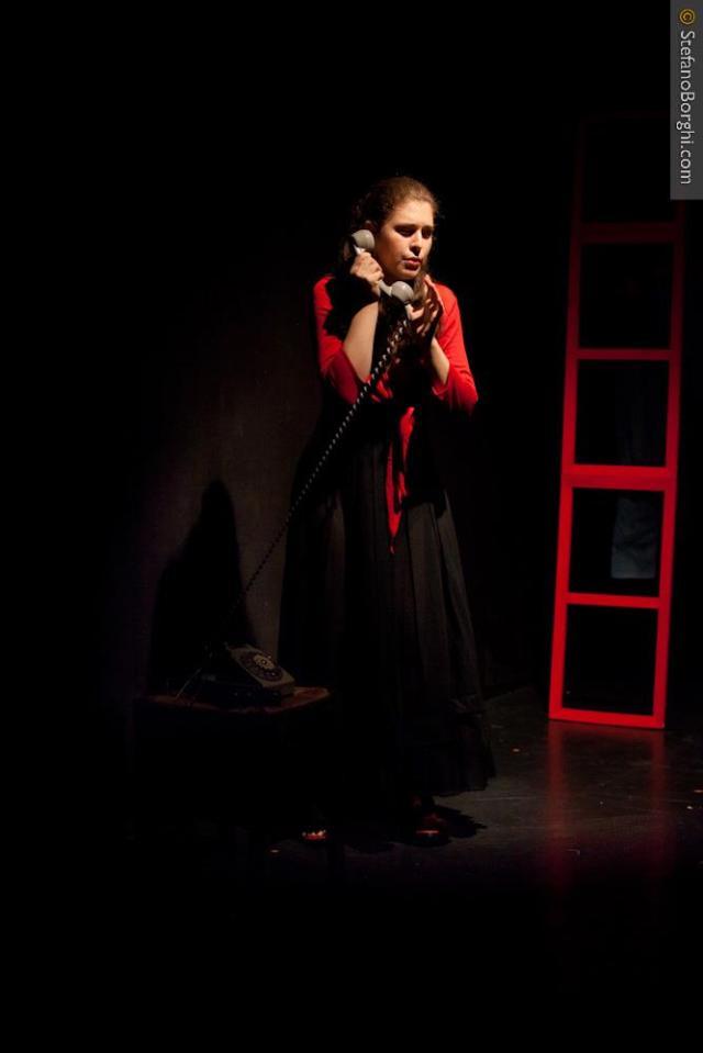 Gabriella Merloni-Une femme seule Dario Fo-sur les planches 10
